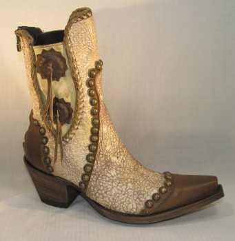 Stockyards - White Mild Cowhide (stock boot)